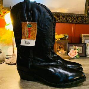 Laredo men's black cowboy boots!